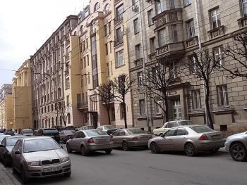 Петроградская. Большая Монетная 20, 22, 24.