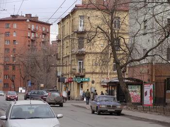 Петроградская. Большая Монетная 33, 35