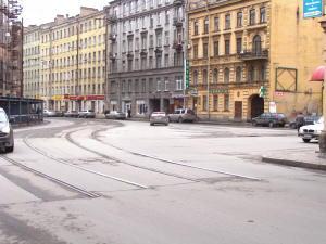 Петроградская. Тут, на ул.Б.Зеленина теперь заканчиваются трамвайные пути, которые вели в трампарк им.Скороходова.